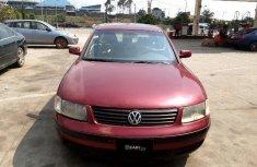 Clean Nigerian used Volkswagen Passat 2000