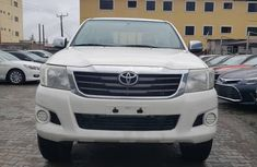Toyota Hillux 2015 Model White Pickup for Sale