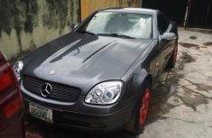 Neat Nigerian used 2004 Mercedes-Benz SLK-Class