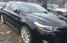 Clean Nigerian used Toyota Avalon 2014