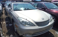 Clean Foreign used 2004 Lexus ES
