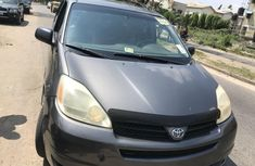 Foreign Used Toyota Sienna 2005