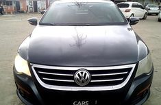 Nigeria Used Volkswagen Passat 2010 Model Blue