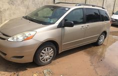 Foreign Used 2006 Toyota Sienna