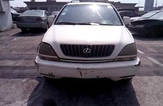 Nigeria Used Lexus RX 2000 Model White
