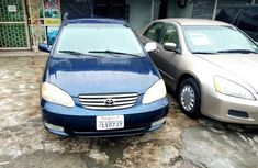 Neat Foreign used Toyota Corolla 2004