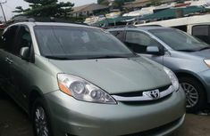 Foreign Used Toyota Sienna 2008 Model Green