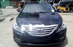 Very Clean Nigerian used Hyundai Sonata 2014
