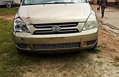 Nigeria Used Kia Sedona 2007 Model Gold