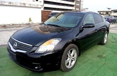 Nigerian Used 2009 Nissan Altima for sale in Lagos