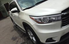 Super Clean Foreign used Toyota Highlander 2017