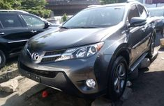 Super Clean Foreign used 2015 Toyota RAV4