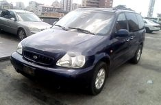 Nigeria Used Kia Carnival 2000 Model Blue