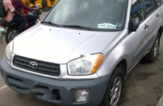 Neat Foreign used Toyota RAV4 2001