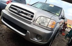 Super Clean Foreign used Toyota Sequoia 2004