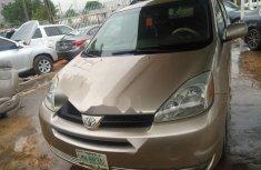 Nigeria Used Toyota Sienna 2005 Model Beige