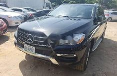 Neat Nigerian used Mercedes-Benz ML350 Petrol