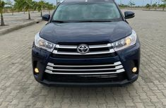 Foreign Used 2015 Toyota Highlander Automatic Petrol well maintained