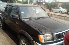 Nigeria Used Nissan Frontier 2000 Model for Sale
