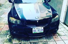 Neat Nigerian use BMW M5 2011 Black