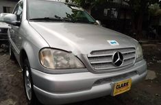 Tokunbo Mercedes-Benz M-Class 2000 Model Silver