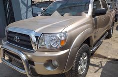 Foreign Used Toyota Tacoma 2011 Model Gold