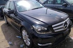Neat Foreign used Mercedes-Benz C350 2013
