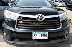 Clean Foreign used Toyota Highlander 2016