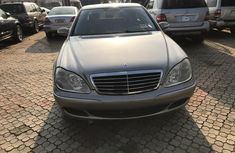Clean Foreign used 2006 Mercedes-Benz S550