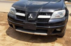 Clean Foreign used Mitsubishi Outlander 2006