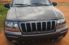 Neat Nigerian used Jeep Cherokee 2002
