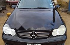 Clean Foreign used Mercedes-Benz C350 2006