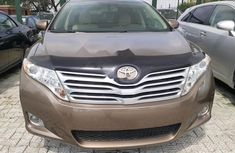 Neat Foreign used 2009 Toyota Venza