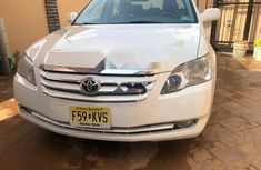 Foreign Used Toyota Avalon 2006 Model White