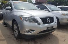 Foreign Used Nissan Pathfinder 2013 Model Silver