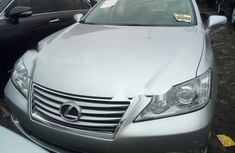 Clean Foreign used 2010 Lexus ES
