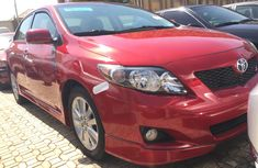 Clean Foreign used Toyota Corolla 2010 Model