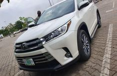 Very Clean Foreign used 2018 Toyota Highlander