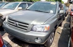 Neat Foreign used 2007 Toyota Highlander