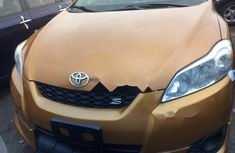 Foreign Used Toyota Matrix 2010 Model Orange