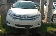 Neat Foreign used Toyota Venza 2013