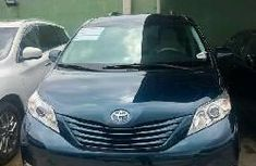Foreign Used Toyota Sienna 2011 Model Green