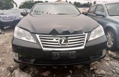 Neat Foreign used Lexus ES 2010