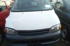Very Clean Foreign used 2001 Toyota HiAce