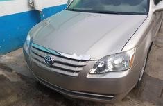 Nigeria Used Toyota Avalon 2008 Model Gold