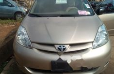 Super Clean Foreign used Toyota Sienna 2007