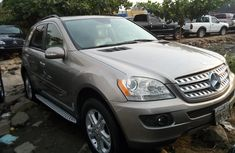 Extremely Neat Foreign used Mercedes-Benz ML350 2006