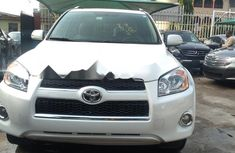 Extremely Neat Foreign used Toyota RAV4 Petrol