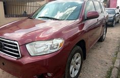 Extremely Neat Foreign used Toyota Highlander 2010