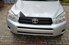 Extremely Neat Foreign used Toyota RAV4 2007